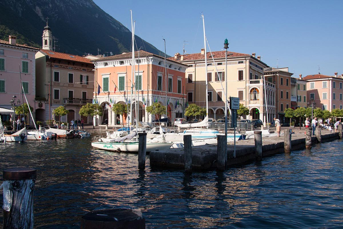 Garda-Ships-Marina-Port-Homes-Gargnano-Place-354936
